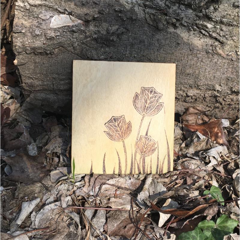 Égetett virágmintás fa kép - Bodzakunyhó